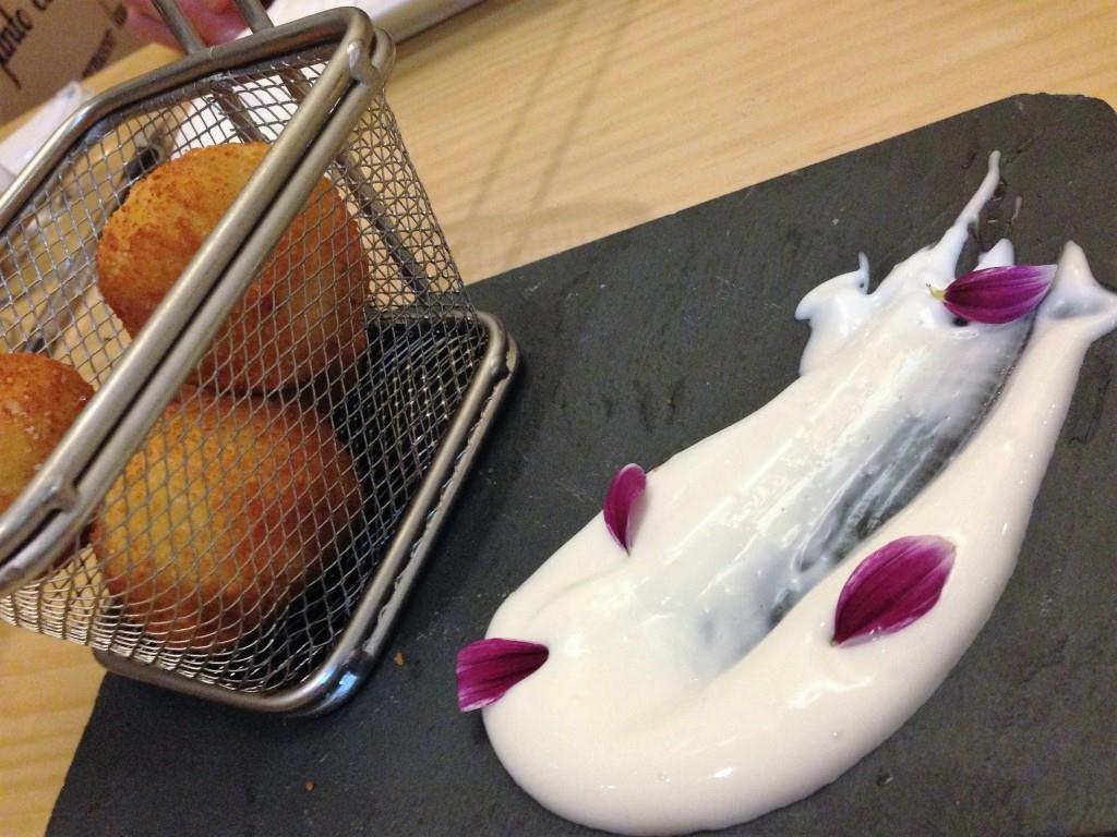 crocchette di jamon taberna la montillana cordoba un giorno mangiare