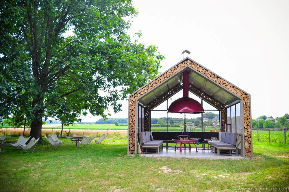 big berry barbecue glamping