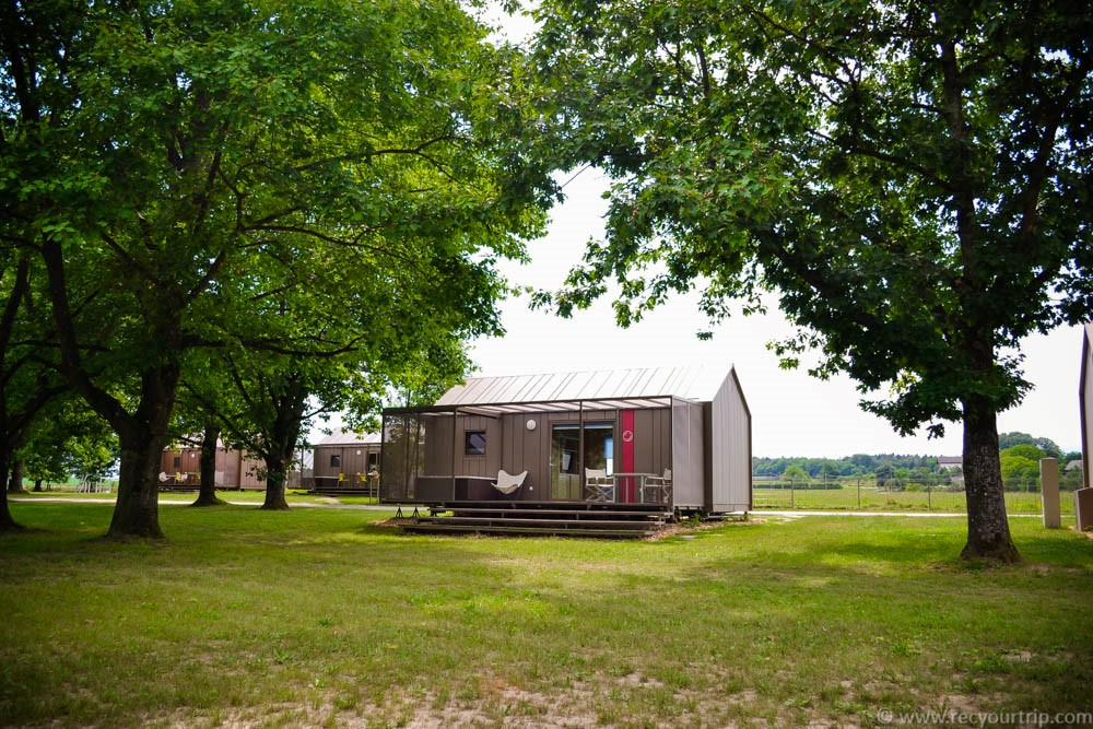 big berry mobile house glamping