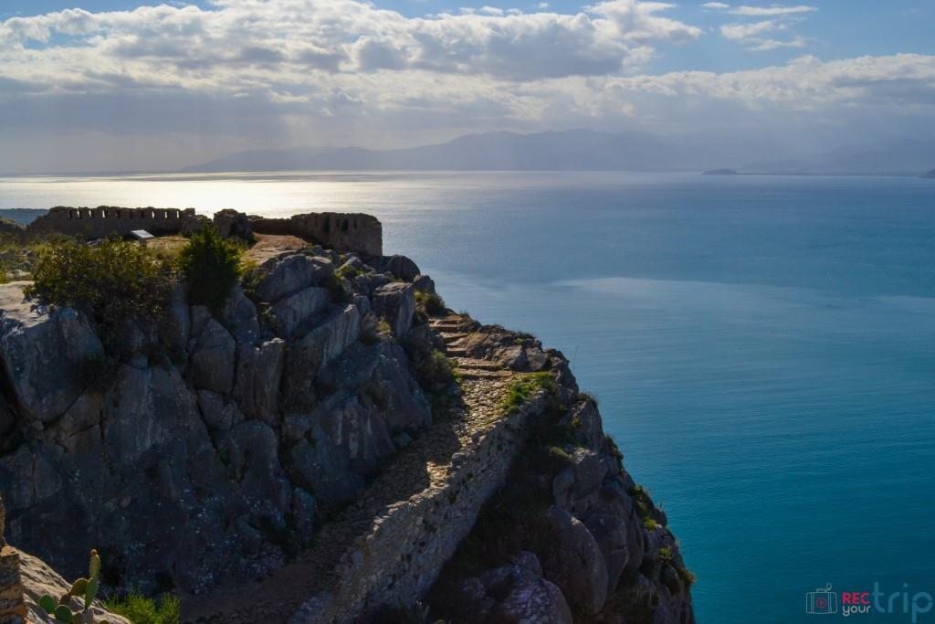 nauplia fortezza palamidi nafplio grecia mare