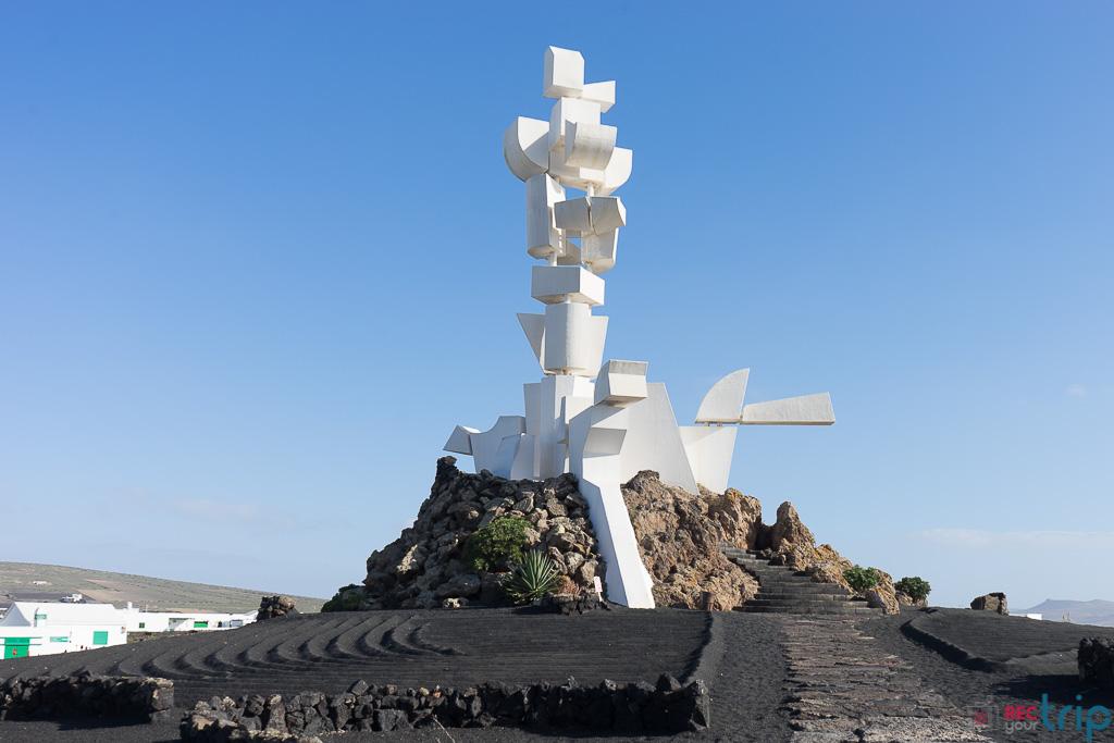 Cosa vedere a Lanzarote? Spiagge, vulcani e paesaggi lunari!