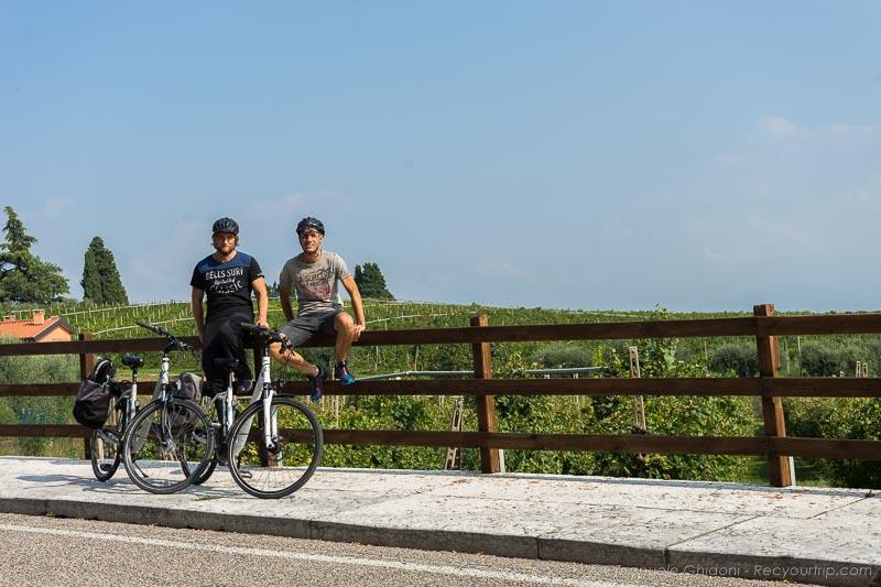 esperienza in bici nel basso lago di garda
