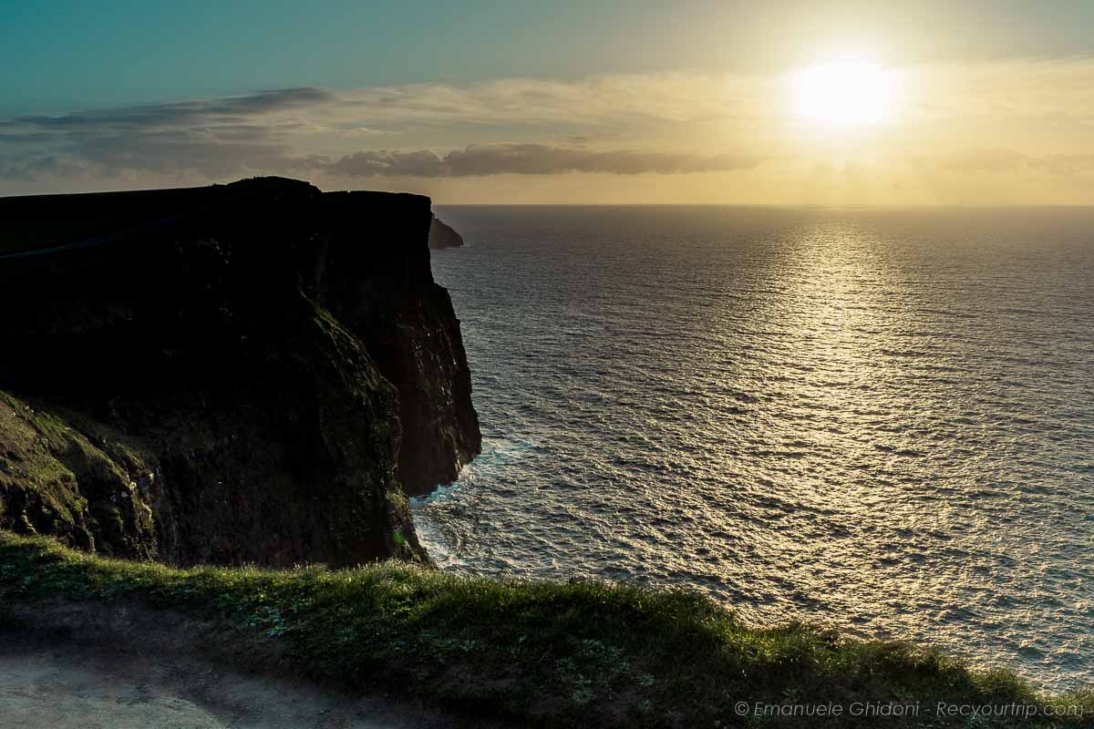 tramonto alle cliffs of moher