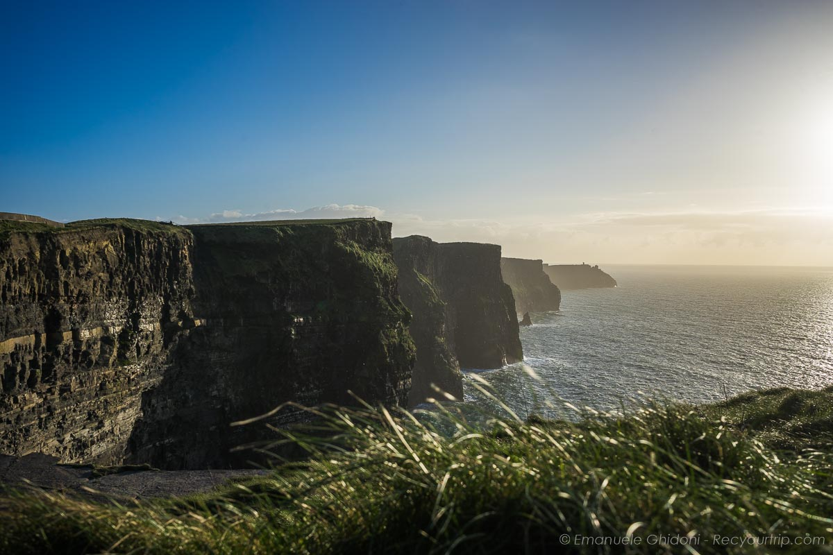 Altra vista delle cliffs of moher