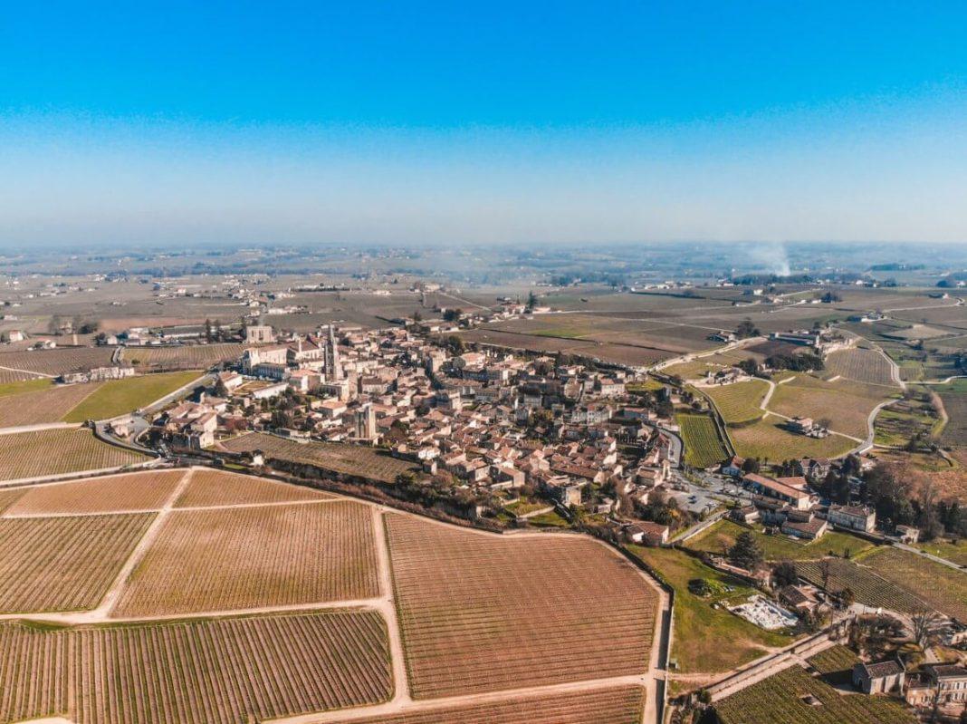il borgo di saint emilion nei dintorni di bordeaux