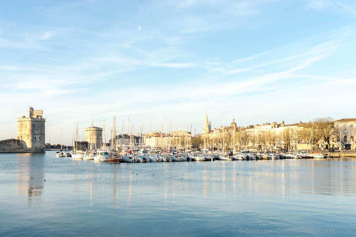 vista sul porto della rochele nei dintorni di bordeaux