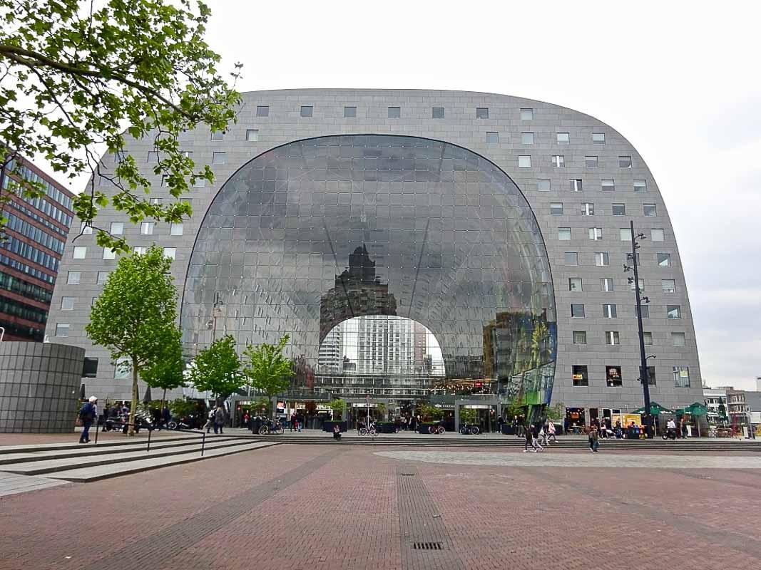 imponente struttura tra le cose da vedere a Rotterdam