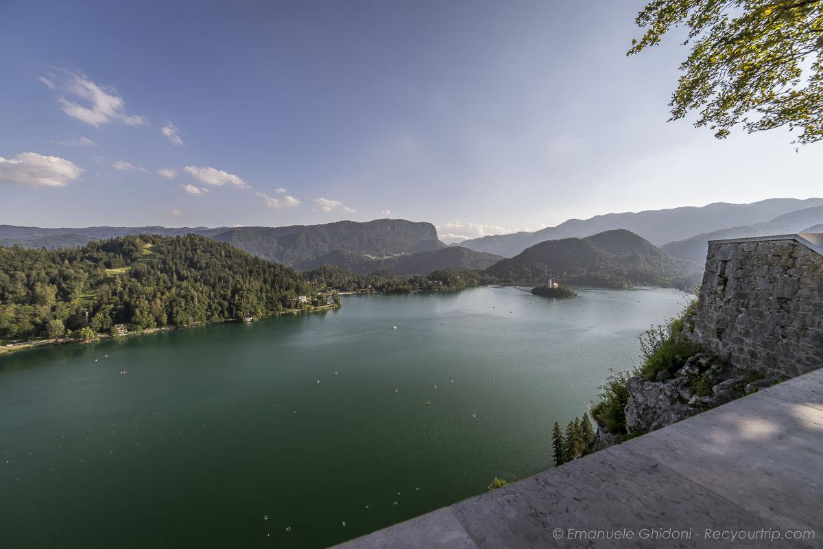 lago di bled in slovenia